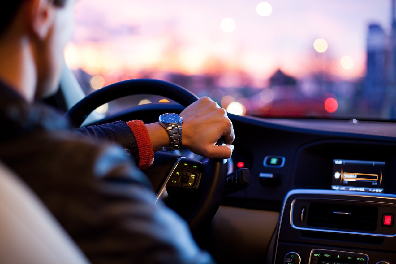 Wann wird es Zeit für eine Motorsteuergerät Reparatur? Alle Symptome im Überblick.
